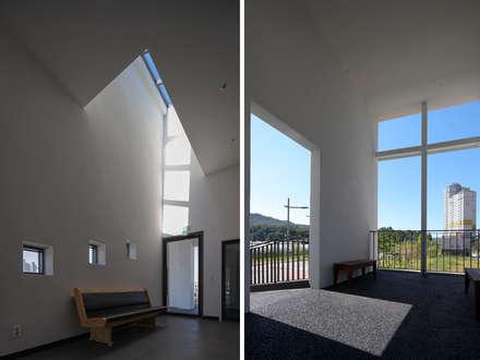 smallchurch: Smaller Architects의  계단