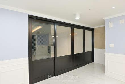 부산 다대포현대아파트 69평 인테리어: 노마드디자인 / Nomad design의  다이닝 룸