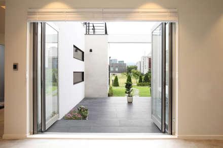 Doors by 블루하우스 코리아