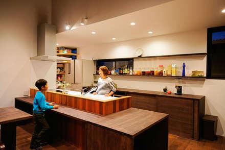 مطبخ تنفيذ H建築スタジオ