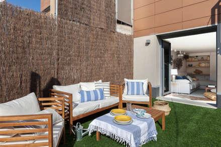 Tres Cantos I: Jardines de estilo mediterráneo de itta estudio