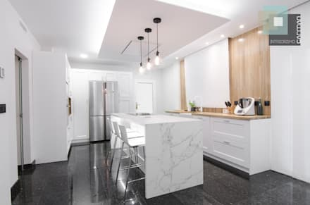 Built-in kitchens by CARMAN INTERIORISMO
