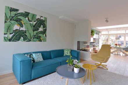 interieurontwerp woning Utrecht: scandinavische Woonkamer door Studio Binnen
