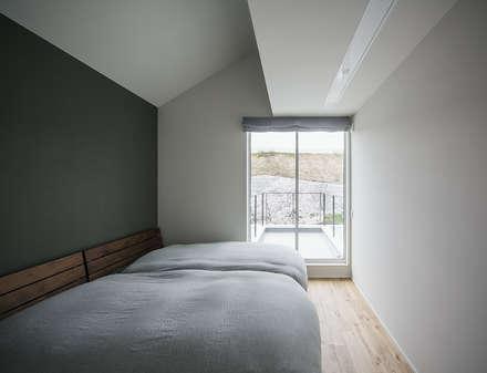 主寝室: 株式会社seki.designが手掛けた寝室です。
