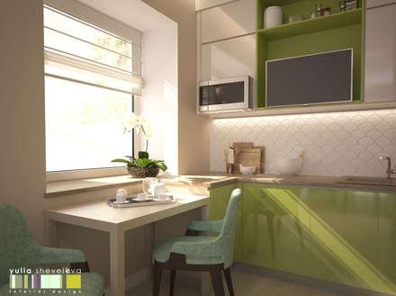 Хрусталь и глянец: Кухни в . Автор – Мастерская интерьера Юлии Шевелевой