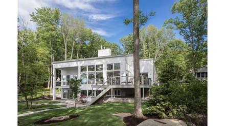 Khabensky Residence:  Single family home by Richard Pedranti Architect