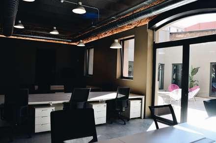 Planta baja Nice People At Work: Edificios de oficinas de estilo  de ESTUDIO DE CREACIÓN JOSEP CANO, S.L.