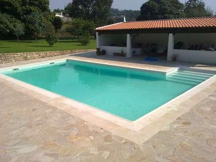庭院泳池 by JP Revestimentos, Isolamentos e Piscinas