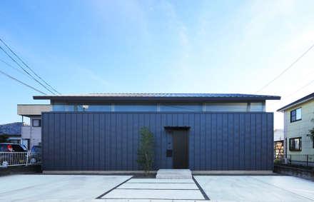 外観: ㈱ライフ建築設計事務所が手掛けた家です。