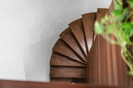 Escaleras de estilo  de Art.chitecture, Taller de Arquitectura e Interiorismo 📍 Cancún, México.