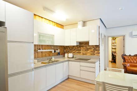 modern Kitchen by 건축사사무소 아키포럼