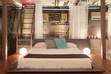El Capricho: Dormitorios de estilo industrial de ESTUDIO DE CREACIÓN JOSEP CANO, S.L.