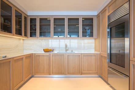 Miami South Beach | Kitchen: Cucina attrezzata in stile  di GD Arredamenti