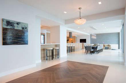 Miami South Beach   Kitchen: Sala da pranzo in stile in stile Mediterraneo di GD Arredamenti