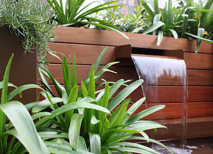 Fuente para jardín: Jardines de estilo moderno de La Habitación Verde