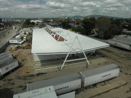 Eduardo Gutiérrez Taller de Arquitectura의  지붕