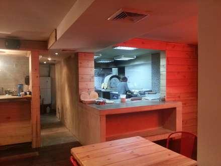Avance de obra @sotanosiete: Restaurantes de estilo  por MARATEA Estudio