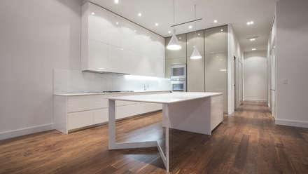 53 Greene Street   Kitchen: Cucina attrezzata in stile  di GD Arredamenti