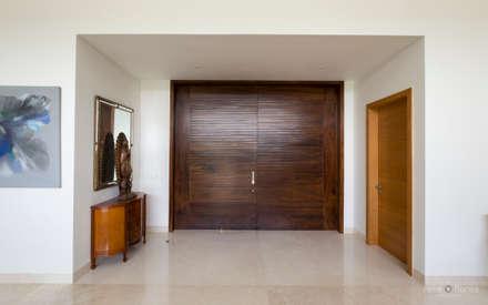 ประตู by René Flores Photography