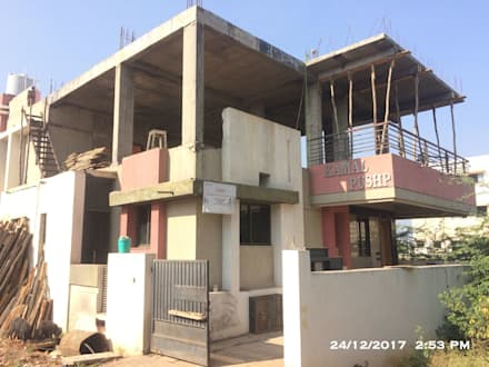 Slab View after deshuttering:  Single family home by Cfolios Design And Construction Solutions Pvt Ltd