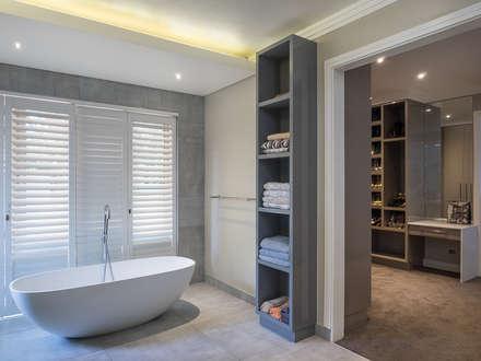 Houghton Residence: modern Bathroom by Dessiner Interior Architectural