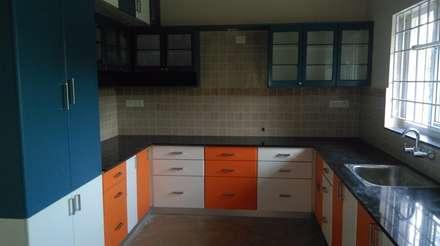 Interior: Modern Kitchen By Aspectra Interia Solution