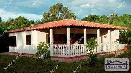 Prefabricated home by Prefabricados Hacer Vivir