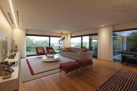 Sala de Estar: Salas de estar modernas por VON HAFF Interior Design