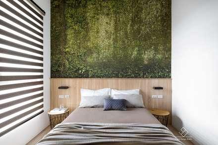 臥室設計:  臥室 by 極簡室內設計