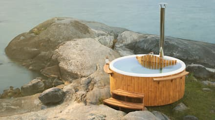 Discover a traditional wood-fired hot tub: scandinavian Pool by Skargards Hot Tubs UK
