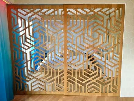 Chambre - claustra amovible: Chambre de style de style Moderne par SB Architecte