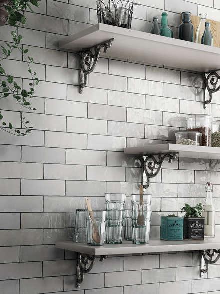 Muebles de cocinas de estilo  por Equipe Ceramicas