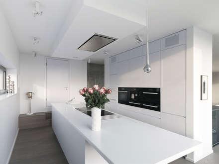 Küche: Minimalistische Küche Von Lumoplan Lichtplanung Berlin