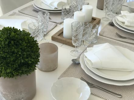 Ruang Makan by Select Living Interiors