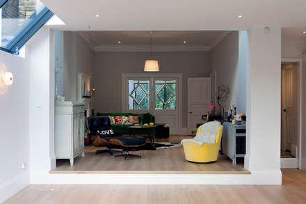 Style It Dark:  Built-in kitchens by Moxy & Co Studio