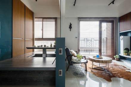 Studio in stile in stile Asiatico di DYD INTERIOR大漾帝國際室內裝修有限公司