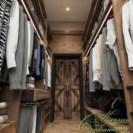 Спальня DE CHALET HOUSE: Гардеробные в . Автор – Компания архитекторов Латышевых 'Мечты сбываются'