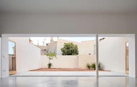 PONT consultori d'arquitectura의  젠 스타일 정원
