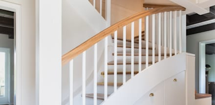 Escaleras de estilo  por Innenarchitekturinsel