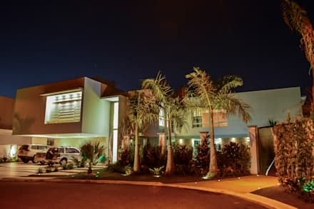 Terrace house by Rodrigo Luco Arquitetura