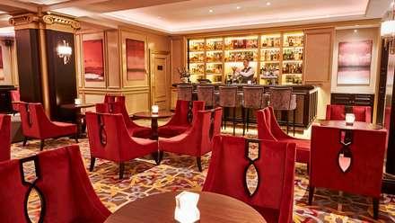 Gran Hotel Kempinski, Riga: Adegas clássicas por Ferreira de Sá