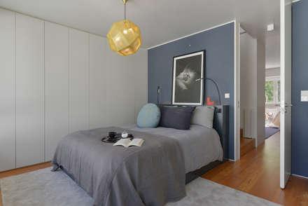 Juno's House: minimalistic Bedroom by Mónica Parreira Design Interiores