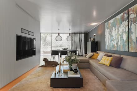 Juno's House: minimalistic Living room by Mónica Parreira Design Interiores