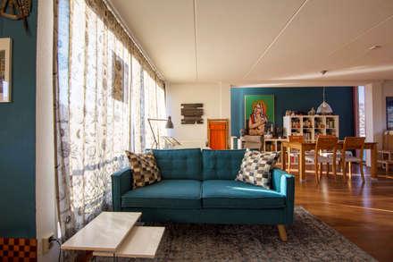 Interieurplan voor een zithoek in Oegstgeest: eclectische Woonkamer door Regina Dijkstra Design