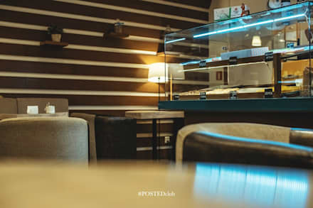 Locales gastronómicos de estilo  por Студия дизайна Дмитрия Артемьева 'Prosto Design'