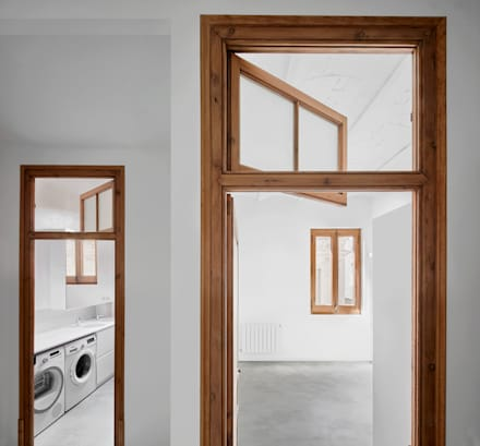 Porte in stile  di PONT consultori d'arquitectura