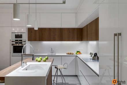 Освещение фартука и рабочей зоны кухни: Кухонные блоки в . Автор – Art-i-Chok