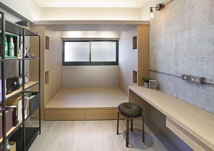 Phòng ngủ by 森畊空間設計