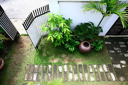 Front yard by Công ty TNHH Xây Dựng TM – DV Song Phát