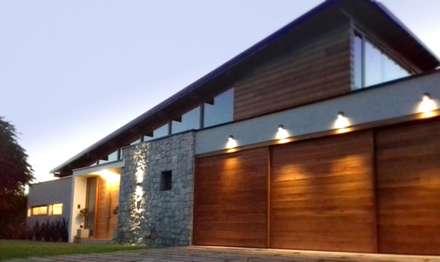 Viviendas Loteo Las Lavandas: Casas de madera de estilo  por Azcona Vega Arquitectos